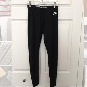Nike workout tights/leggings
